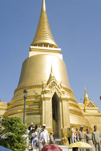 Bask in Ancient Splendor at the Grand Palace Bangkok (completed by 6)
