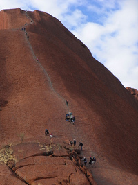 Kembali ke Awal di Uluru (desired by 6)